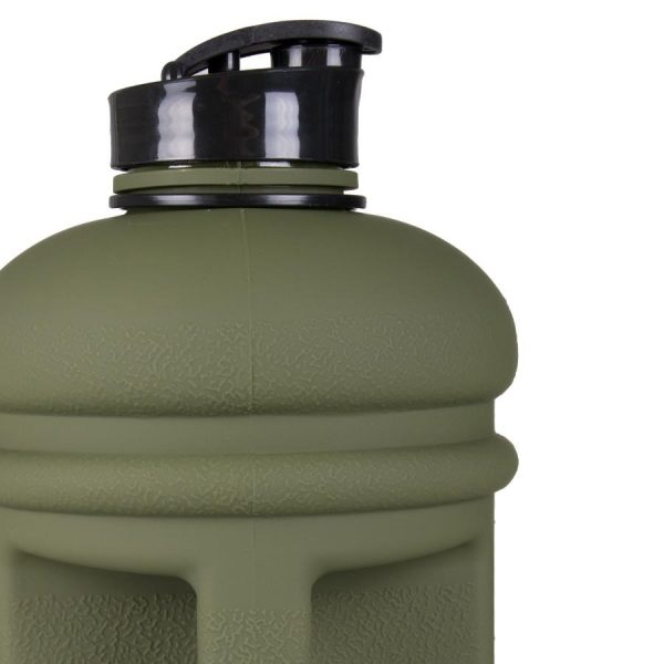 Close up of cap on the Tatami large water bottle